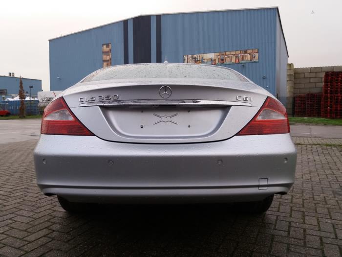 Used Mercedes CLS (C219) 350 CGI 3 5 V6 24V Rear bumper