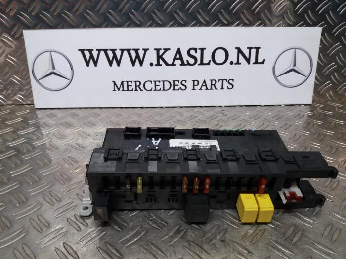 fuse box from a mercedes slk (r171) 1 8 200 k 16v 2006