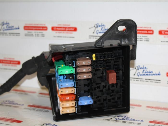 1 used renault laguna iii estate (kt) 1 5 dci 110 fap fuse box laguna 3 fuse box layout at reclaimingppi.co