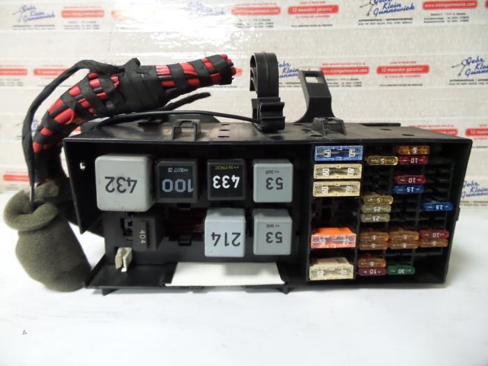 Used Volkswagen Phaeton 3.0 V6 TDI 24V 4Motion Fuse box - 3D0937499BProxyParts.com
