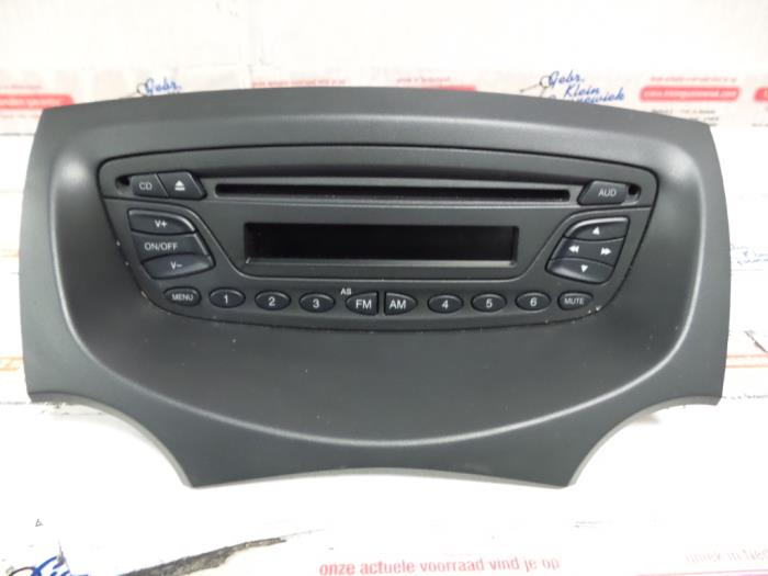 used ford ka radio cd player 7356007820 gebr klein. Black Bedroom Furniture Sets. Home Design Ideas