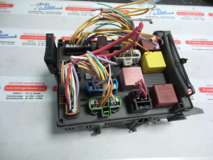Fuse Box From A Renault Espace Jk 35 V6 24v Phase Ii 2005: Espace 4 Fuse Box At Johnprice.co