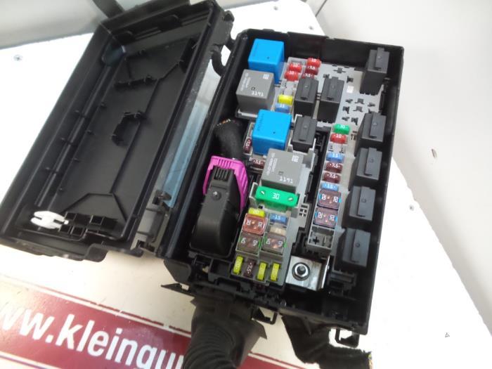 fuse box on vauxhall meriva used opel meriva fuse box 13292736 gebr klein gunnewiek ho bv  used opel meriva fuse box 13292736