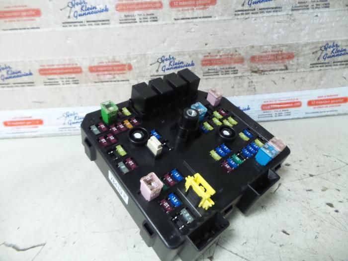 used opel antara fuse box 95137841 gebr klein gunnewiek ho bv proxyparts com 2004 Opel Antara 2004 Opel Antara