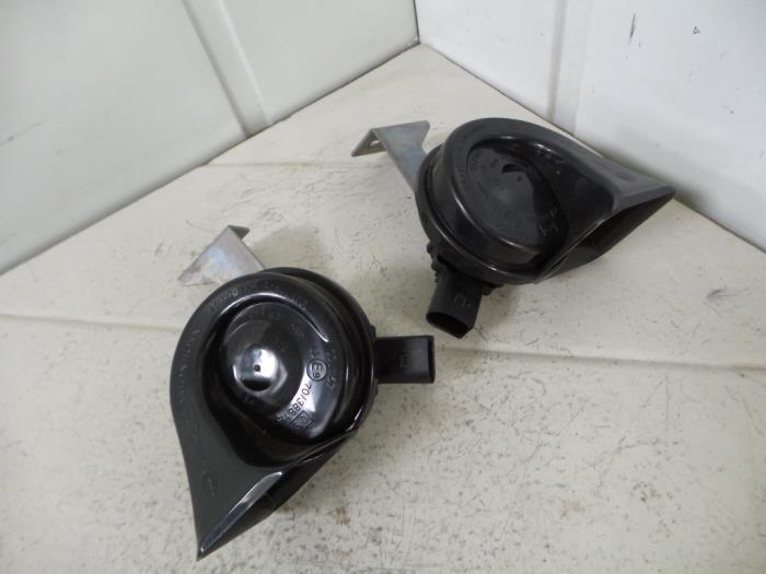 gebrauchte audi q7 hupe 4m0951223 gebr klein gunnewiek ho bv. Black Bedroom Furniture Sets. Home Design Ideas