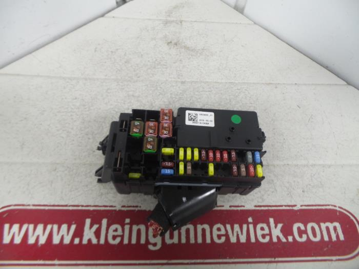 Used Opel Astra K 1.4 Turbo 16V Fuse box - 15533696 - Gebr ...  Plate Astra Fuse Box on