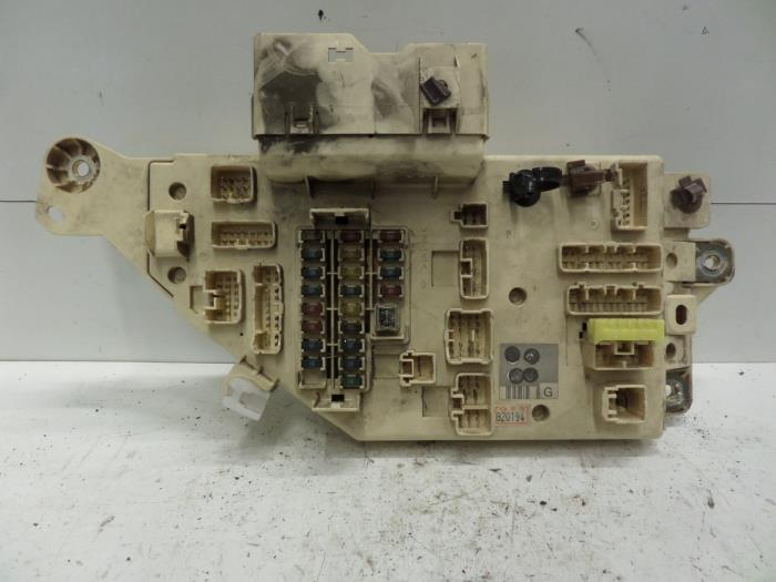 used toyota land cruiser 100 (j10) 4.2 tdi 100 24v fuse ... toyota previa fuse box parts #4