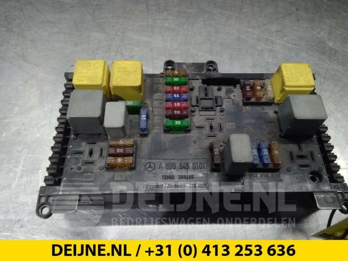 Used Mercedes Vito (639 6) 2 2 109 CDI 16V Fuse box - 6395450101