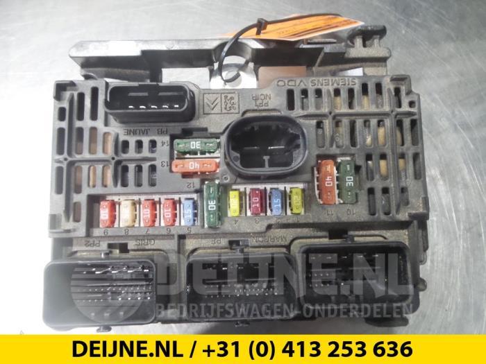 used fiat scudo fuse box 9661682880 van deijne uden proxyparts com rh proxyparts com Fiat Scudo 9 Seater Fiat Scudo 7 Passenger