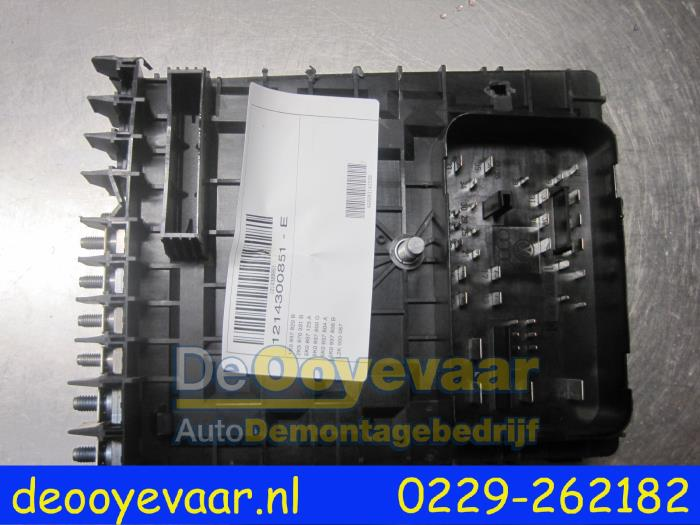 used volkswagen caddy iii (2ka,2kh,2ca,2ch) 1.6 tdi 16v ... vw caddy fuse box 2012 vw caddy fuse box problems