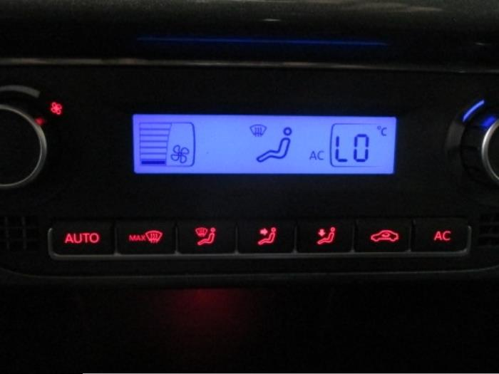 Used Volkswagen Polo (6R) 1 4 16V Climatronic panel - 6R0907044B