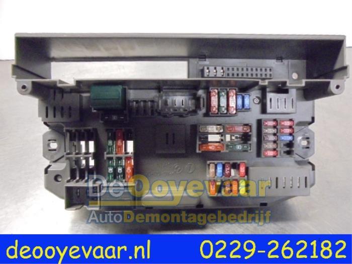 Used BMW X6 (E71/72) xDrive35d 3.0 24V Fuse box - 88711021030101 ...