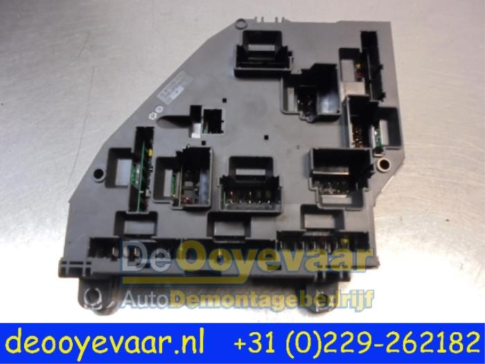 Used BMW 6 Gran Coupe (F06) 640d 24V Fuse box - 925281301 - De ...