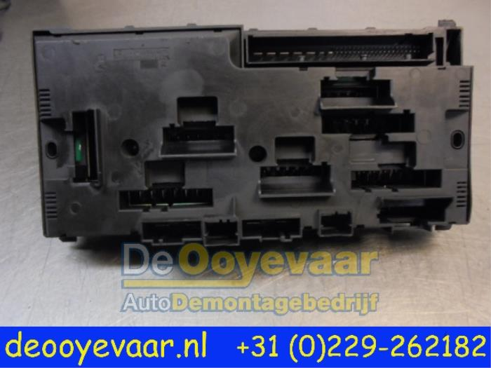 Used BMW 6 Gran Coupe (F06) 640d 24V Fuse box - 925281501 - De ...