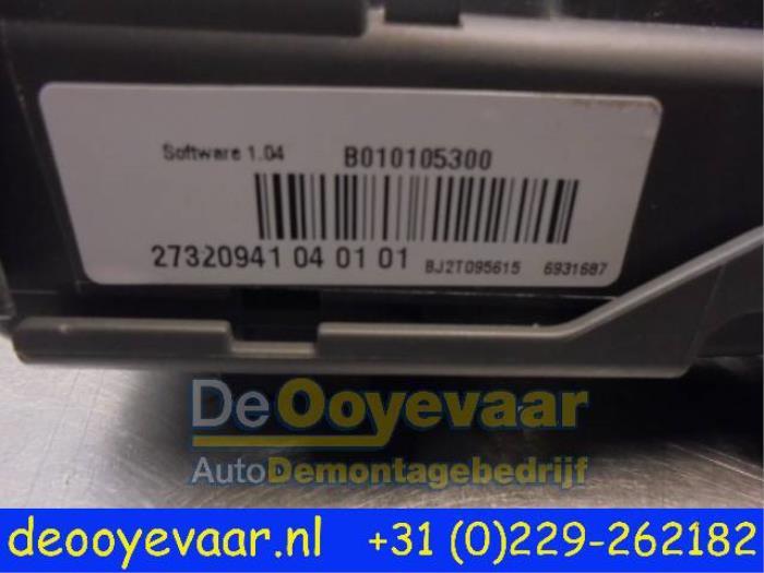 Used BMW X6 (E71/72) xDrive30d 3.0 24V Fuse box - 27320941040101 ...