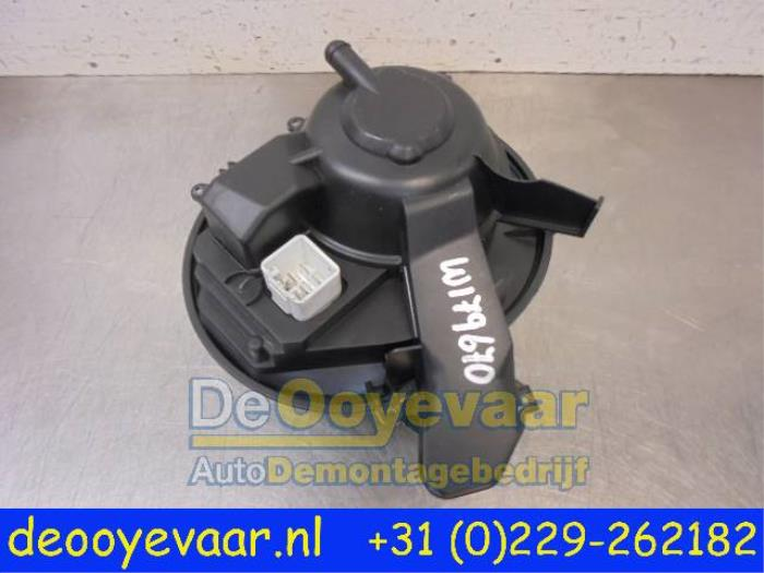 Used Volvo XC90 I 2 9 T6 24V Heating and ventilation fan motor - De