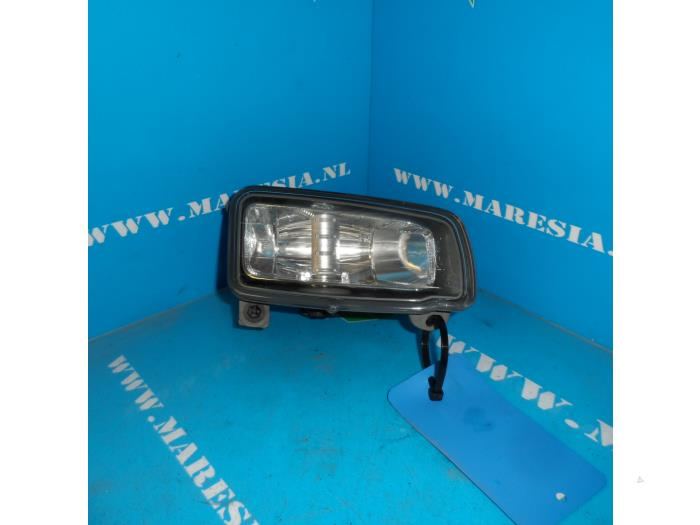 Fog Light Front Right From A Ford Focus C Max 2 0 16v 2007