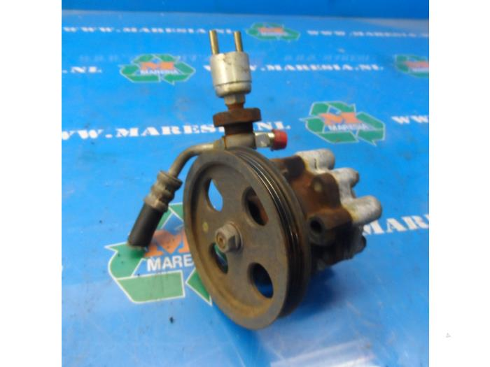 Used Daihatsu Terios (J1) 1 3 16V 4x4 Power steering pump - HC