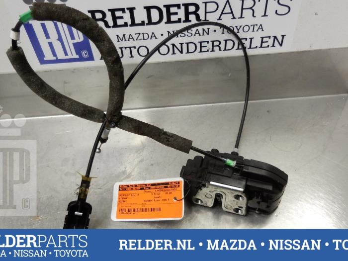 Used Nissan Micra (K12) 1 2 16V Door lock cylinder, right