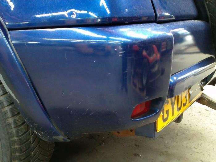 Usage Toyota Rav4 A2 2 0 D 4d 16v 4x4 Coin Pare Chocs Arriere