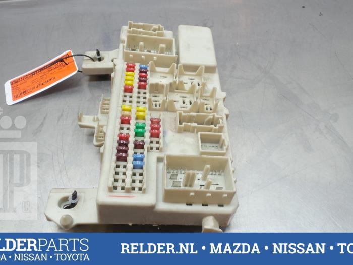 used mazda 3 sport bk14 16v fuse box 05015442. Black Bedroom Furniture Sets. Home Design Ideas