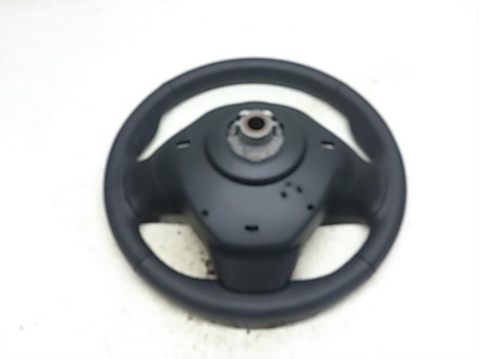 Steering Wheel From A Renault Clio Iv 5r 0 9 Energy Tce 12v 2017