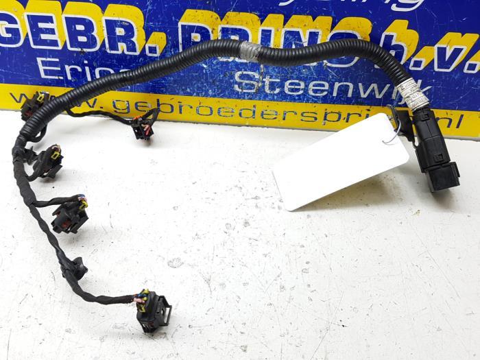 used kia sportage (sl) 1 6 gdi 16v 4x2 wiring harness 9162040003wiring harness from a kia sportage (sl) 1 6 gdi 16v 4x2 2011
