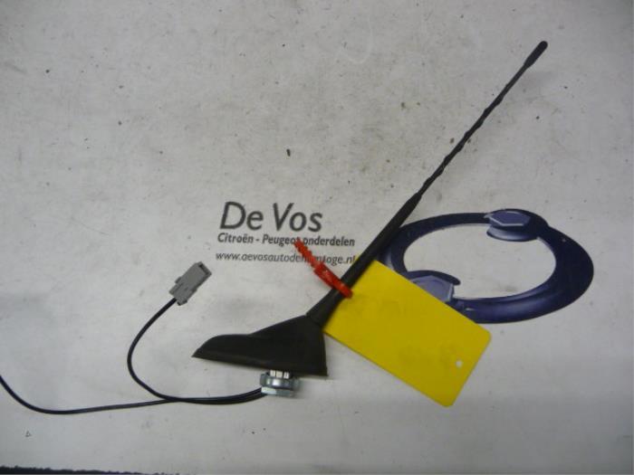 used peugeot 5008 i 0a 0e 1 6 thp 16v antenna 658723 de vos rh proxyparts com