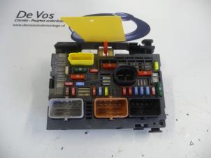 peugeot 5008 fuse box peugeot 308 fuse box layout peugeot 5008 fuse boxes stock | proxyparts.com #15