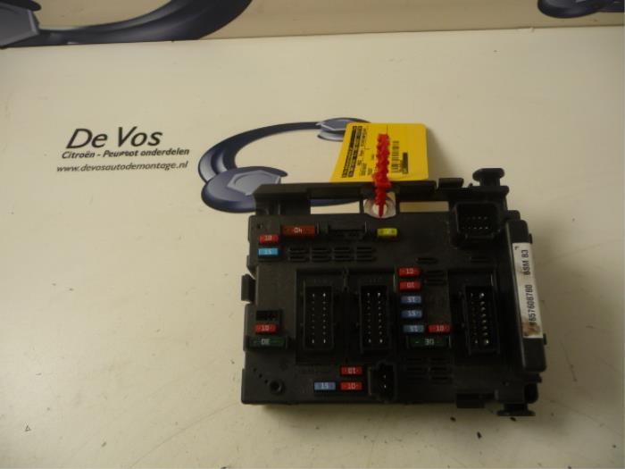 used peugeot 206 2l m 1 4 xs fuse box 6500y1 de vos rh proxyparts com