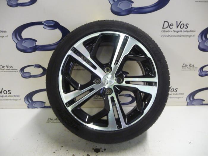 Used Peugeot 208 Wheel Tyre 98015324xy Alloy De Vos