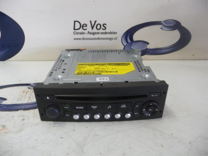 radio cd spieler 6574pw de vos autodemontagebedrijf. Black Bedroom Furniture Sets. Home Design Ideas