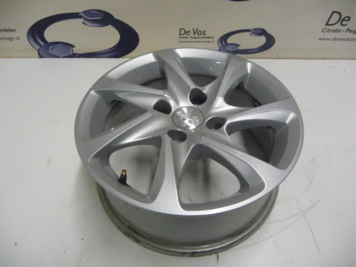 Used Peugeot 208 Wheel 96737735vt Alloy De Vos