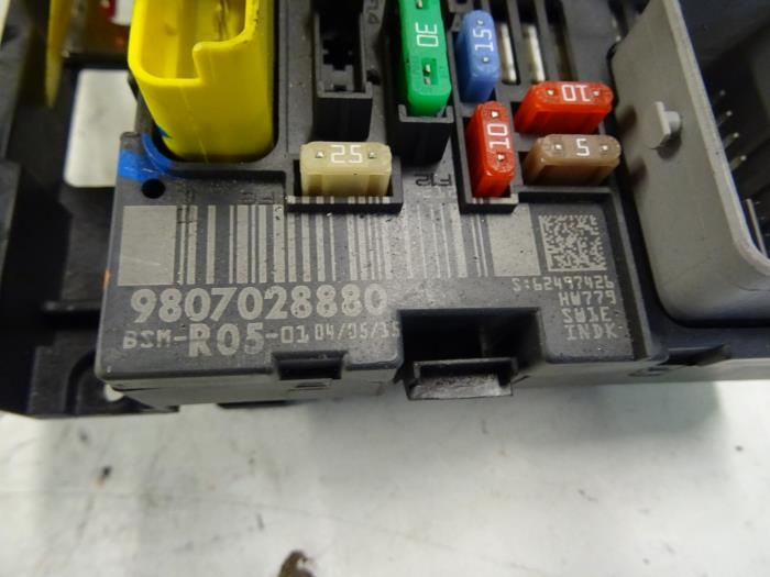 fuse box from a peugeot partner (used)