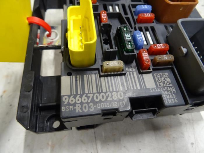 Fuse Box Diagram Peugeot 807 : Peugeot fuse box location schematic symbols