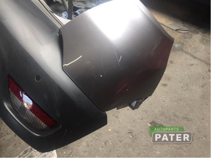 Rear bumper from a Renault Captur (2R) 1.2 TCE 16V EDC 2016