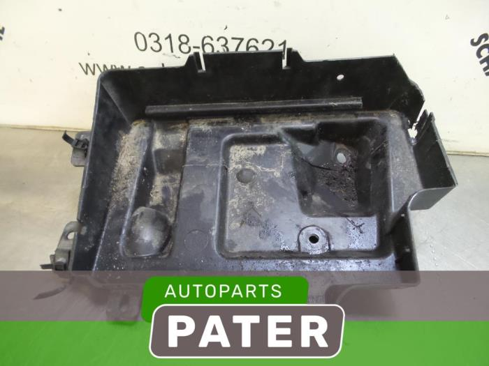 used opel astra h l48 1 6 16v battery box 316778539 autobedrijf j pater ede b v. Black Bedroom Furniture Sets. Home Design Ideas