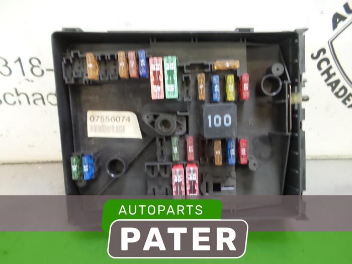 2001 lincoln town car fuse box used car fuse box #14