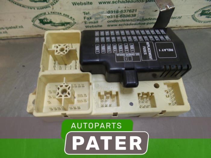 s type fuse box used jaguar s type  x200  3 0 v6 24v fuse box 1r8t14a067ab jaguar s type fuse box layout used jaguar s type  x200  3 0 v6 24v