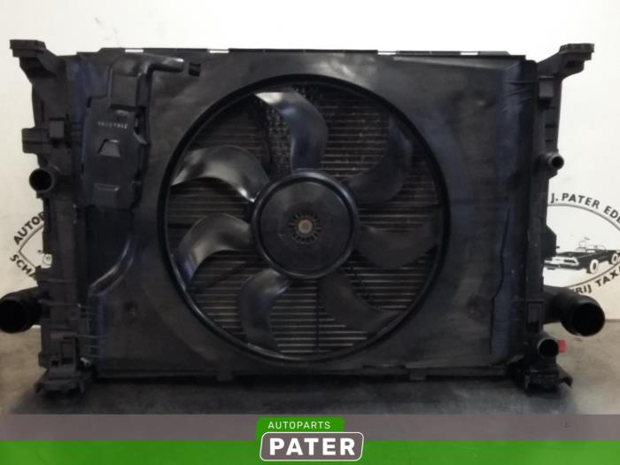 Cooling set from a Mercedes CLA (117.3) 1.5 CLA-180 CDI, 180 d 16V 2017