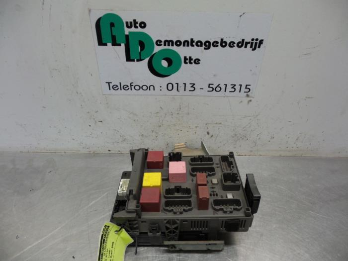 renault 4 fuse box