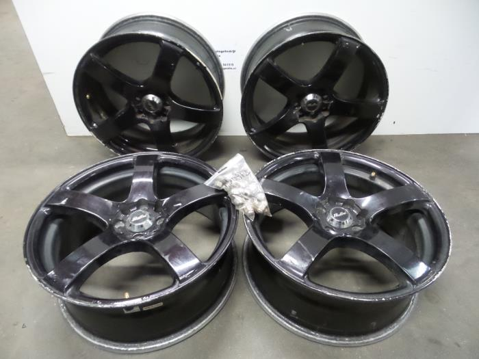 Used Honda Civic Mamb 15i Vtec E 16v Set Of Wheels
