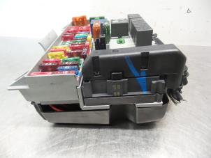 used opel astra g caravan f35 1 8 16v fuse box. Black Bedroom Furniture Sets. Home Design Ideas
