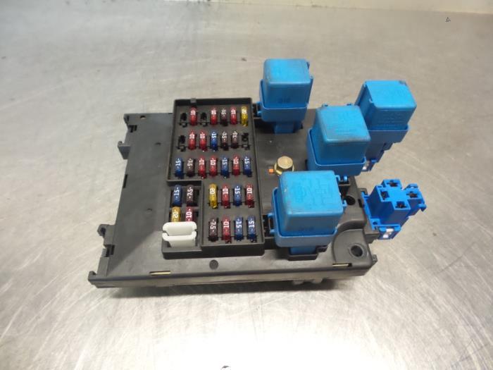 used nissan micra k11 1 3 lx slx 16v fuse box 68g22n4 rh proxyparts com nissan micra k11 fuse box diagram nissan micra k11 fuse box layout