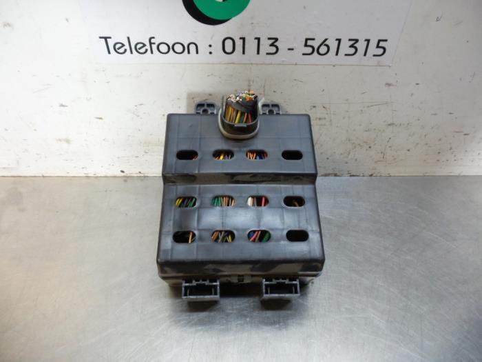 Used Hyundai Matrix 16 16v Fuse Box 9118817000