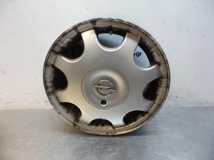 Used Opel Corsa B 737879 12i 16v Wheel 90538266cc