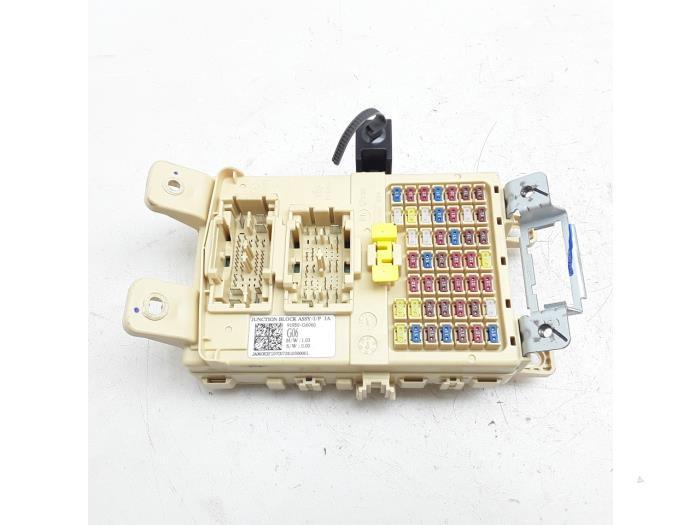 fuse box from a kia picanto (ja) 1 0 t-gdi 12v 2018