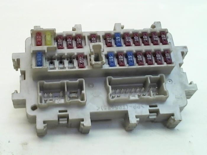 Used Nissan Navara (D40) 2.5 dCi 16V 4x4 Fuse box - Japoto ... on nissan 200sx, nissan 300zx z31, nissan 300zx z32, nissan cabstar, nissan qashqai, nissan urvan, nissan maxima, nissan pathfinder, nissan frontier d40, nissan tiida, nissan micra, nissan frontier off-road bumper, nissan 100 nx, nissan frontier single cab, nissan rav4, nissan nissan, nissan frontier double cab, nissan 350z, nissan sunny, nissan patrol,