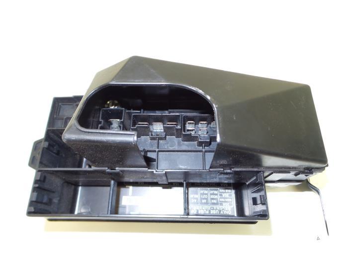 fuse box subaru forester 2006 used subaru forester  sg  2 0 16v x fuse box 82231sa500l  subaru forester  sg  2 0 16v x fuse box