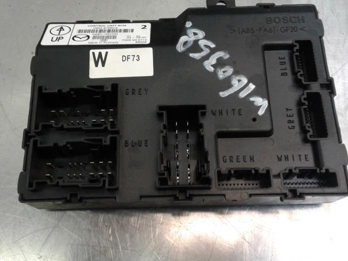 used mazda 2 de 1 3 16v s vt high power fuse box d65267650e rh proxyparts com Mazda 5 Fuse Box Diagram Mazda 3 Fuse Box Diagram